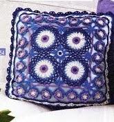 http://crochetenaccion.blogspot.com.es/2012/05/cojines-de-lujo.html