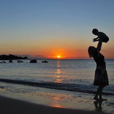 Pentingnya Sentuhan Pada Bayi