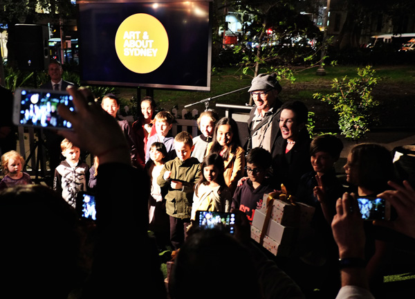 Jon Lewis with Clover Moore and the children's prize winners for Australian Life. Street Fashion Sydney by Kent Johnson.