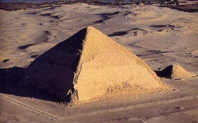 Pirámide Romboidal de Dashur