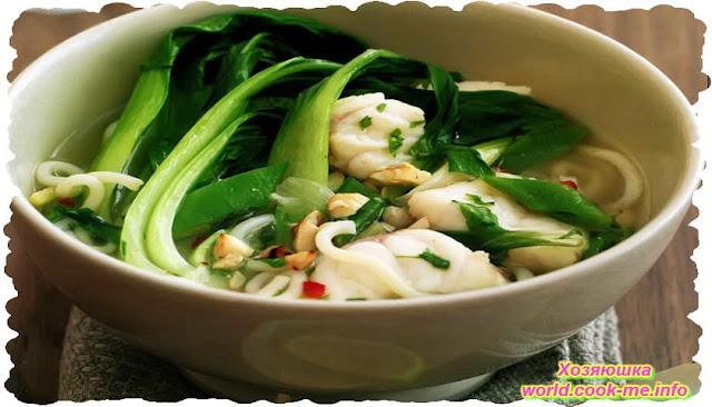 Рыбный суп с лапшой и зеленой фасолью