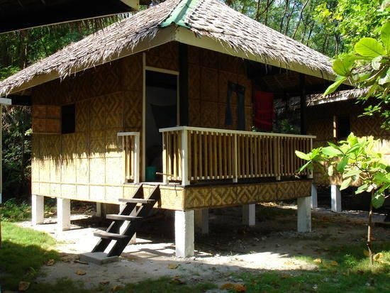 Modern bamboo houses interior and exterior designs for Small rest house designs in philippines