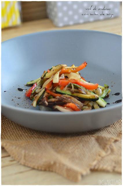 wok de verduras con salsa de soja
