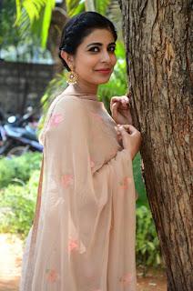 leona lishoy at edureetha teaser launch 4