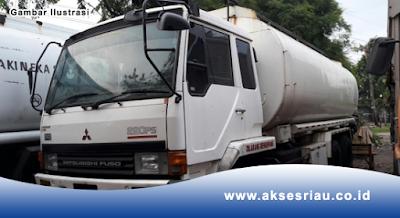 Supir Truck Tangki Tronton Pekanbaru