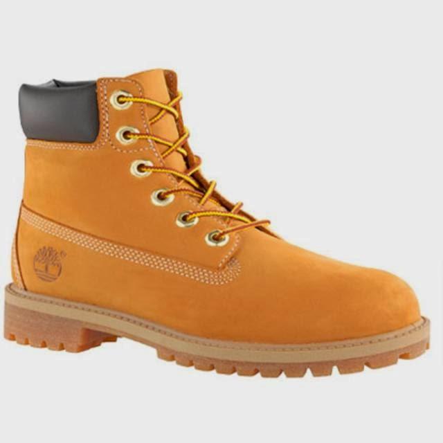 0822e59293079 Seguramente alguna vez te habrás fijado en que muchas personas lucen unas botas  amarillas