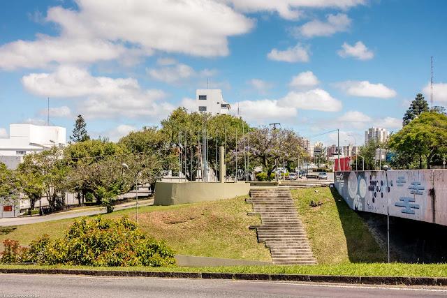 Monumento aos Boinas Azuis