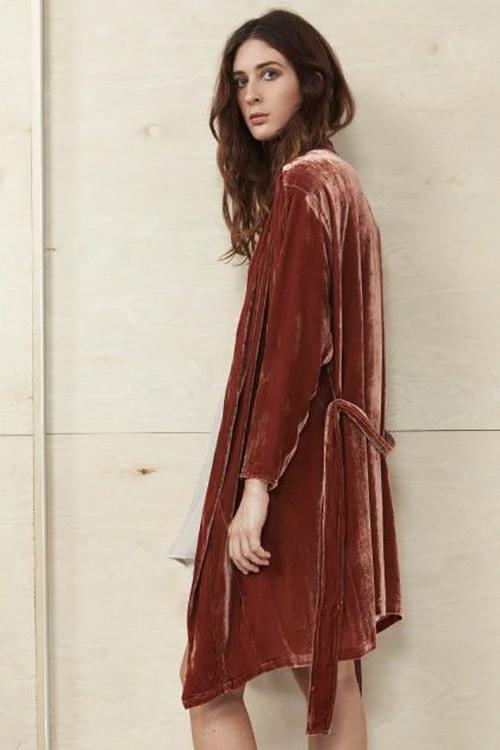 http://www.datura.com/coats-jackets/velvet-fire-red-kimono