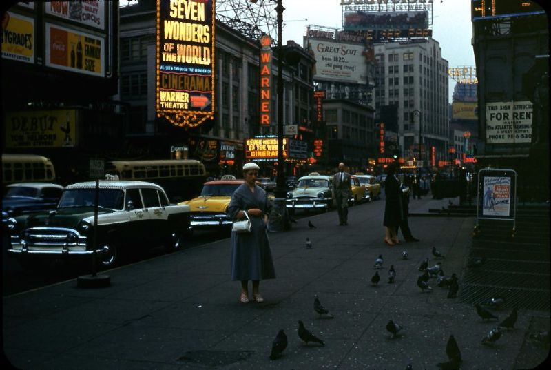 New York In The 1950s 23 Fascinating Color Snapshots May Make You Softhearted