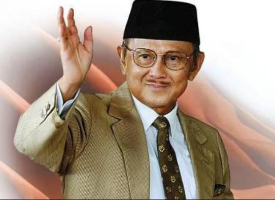 Perkembangan Politik dan Ekonomi Serta Kebijakan-Kebijakan Masa Kepemimpinan dan Pemerintahan Presiden BJ Habibie
