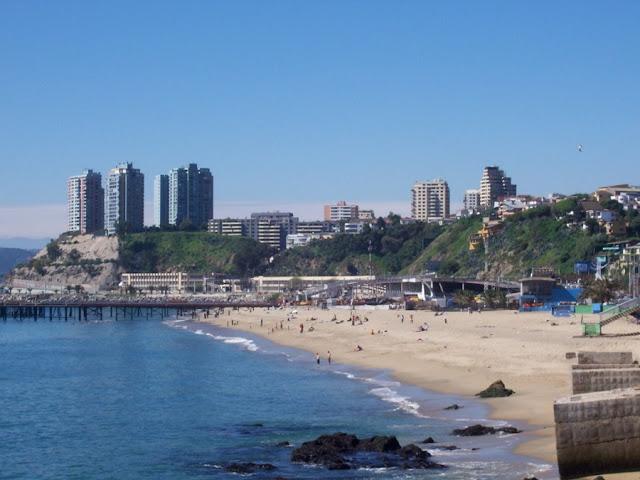Praia Caleta Portales em Valparaíso