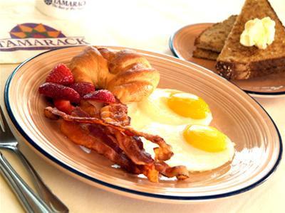 Bổ sung protein vào bữa sáng là cách giảm cân nhanh hiệu quả.