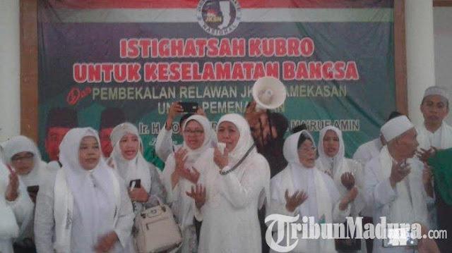 Acara Istighosah Kubro Pemenangan Jokowi-Makruf Diterjang Puting Beliung, Khofifah Teteskan Air Mata