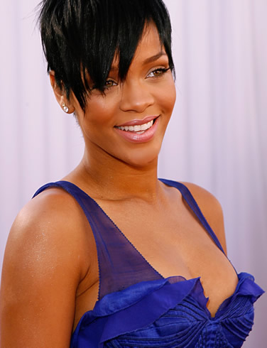 Rihanna-Songwriter-photo-4.jpg