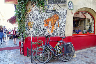 Sunday Street Art : Speedy Graphito et Mosko et associés - rue des Rosiers - Paris 4