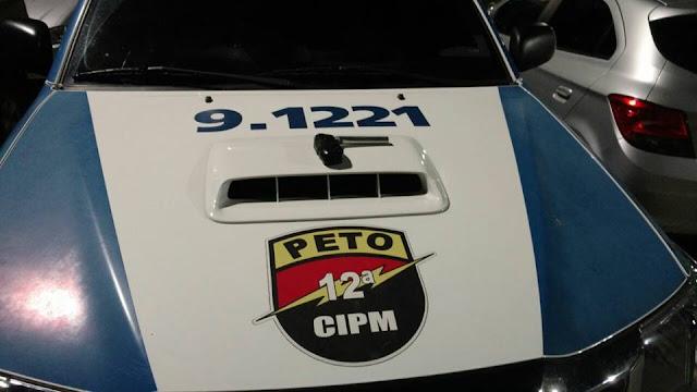 12ª CIPM prende homem no Rio Vermelho com simulacro de arma de fogo