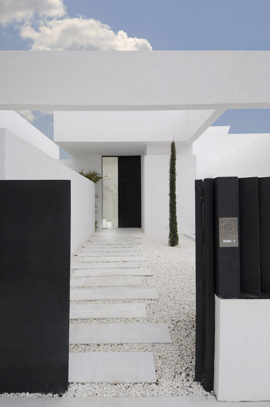 Entrance to the Sotogrande House by A-Cero Architects