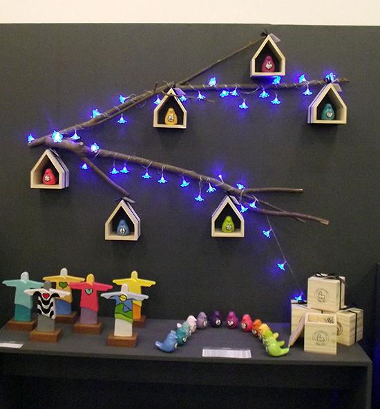 quadrinhos na parede, passarinhos, gaiola, decoração, a casa eh sua
