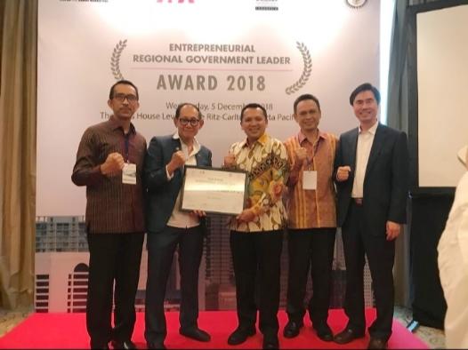 Pariwisata Lampung Meroket, Ridho Terima Gubernur Enterpreneur Award 2018