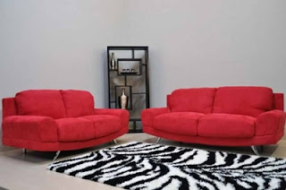 Model Sofa Ruang Tamu Warna Merah