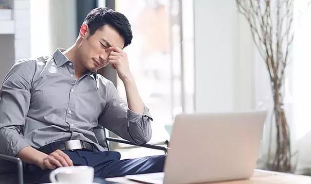 頭痛是內臟在警告:頭頂痛是肝頭痛、前額痛是胃頭痛!