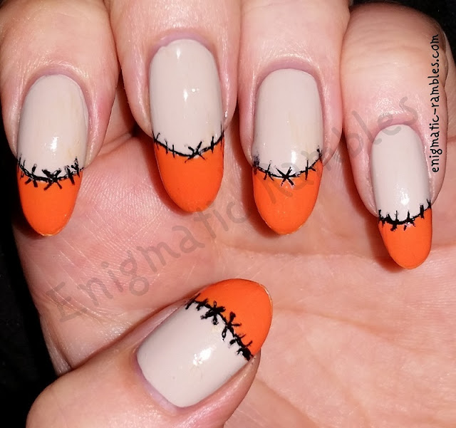Halloween-Nails-Stitched-French