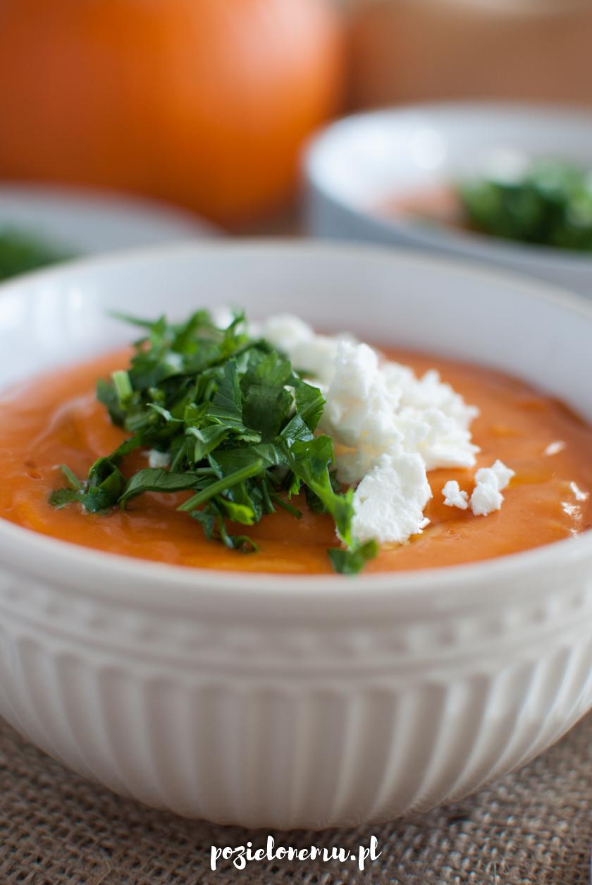 Aksamitna zupa krem z pieczonych warzyw (z dynią)