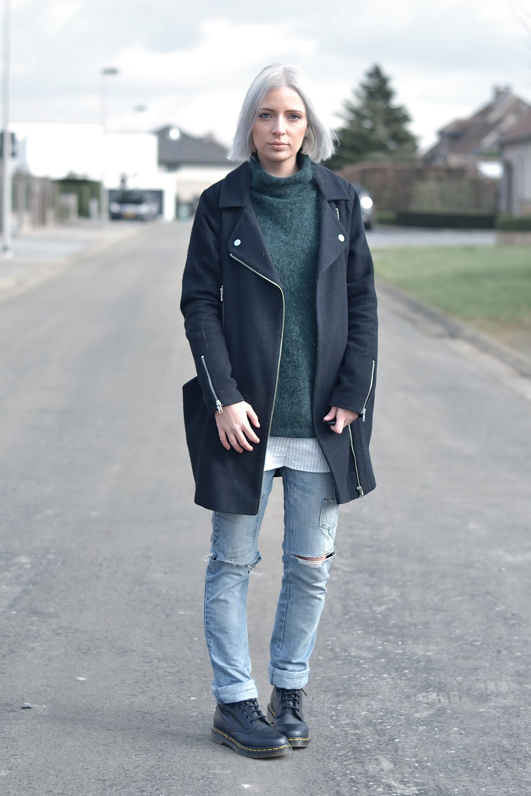 h&m trend jumper, dark green, black biker coat, asos, zara ripped jeans, dr martens boots, virginia, laid back, edgy, outfit, street style, belgian fashion blogger, belgische mode blogger