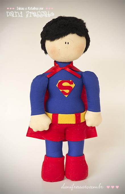 Boneco Artesanal Super Herói