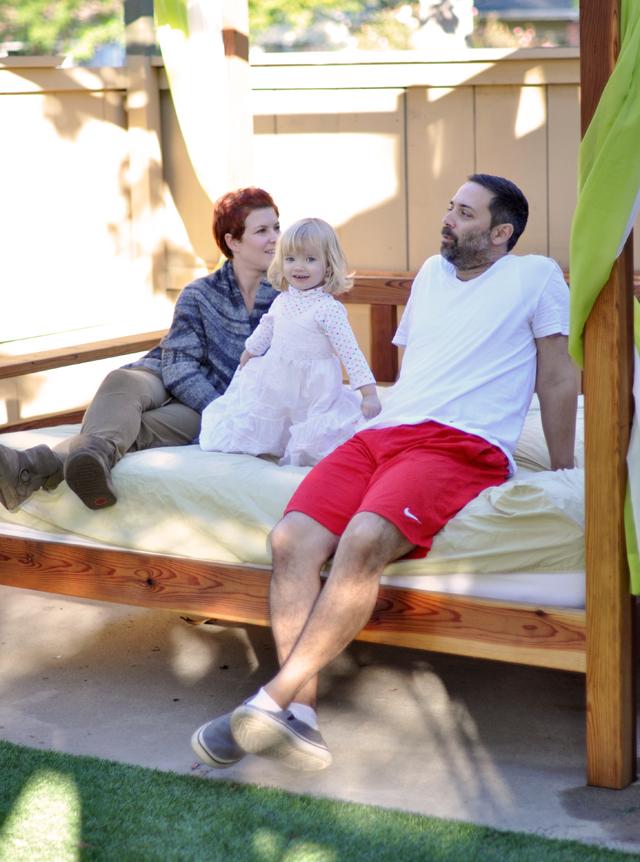 Family Thanksgiving, outdoor bed, backyard