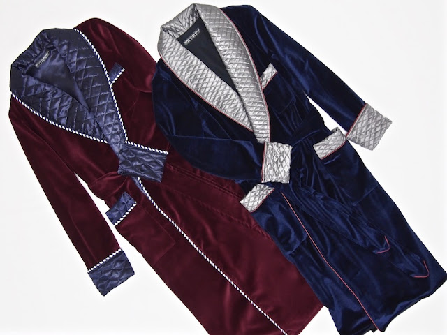Mens velvet dressing gown gentlemans smoking jacket robe