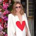Olivia Palermo comparece ao desfile da Schiaparelli na Semana de Moda de Paris como parte da Alta Costura Outono / Inverno 2017-2018 em Paris, França – 03/07/2017