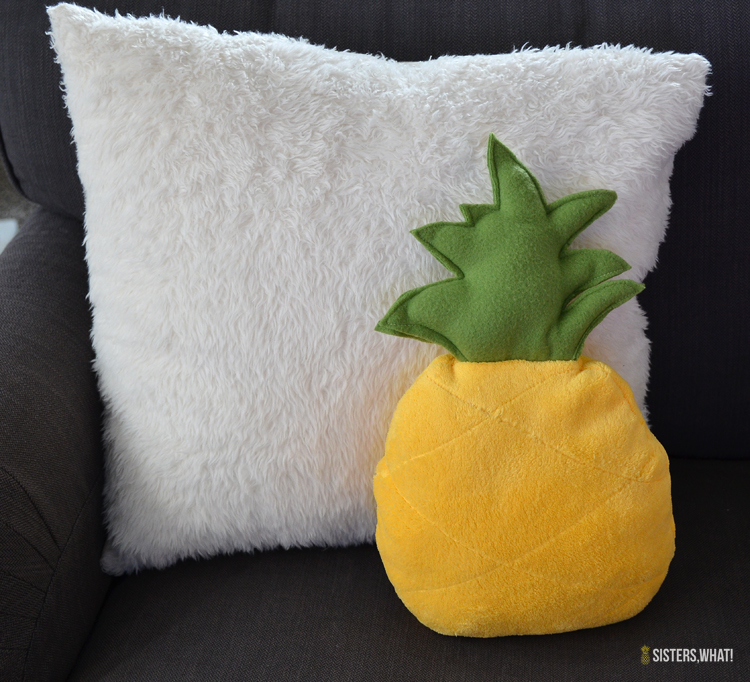 sew a pineapple softy pillow out of fleece