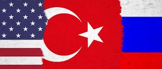 Σε δύο βάρκες πατάει η Τουρκία