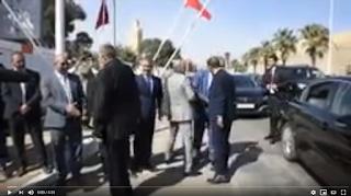 عبد النبي بعوي يعطي انطلاقة أشغال وحدة للنسيج بالناظور