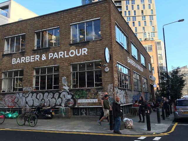 バーバー&パーラー(Barber and Parlour)