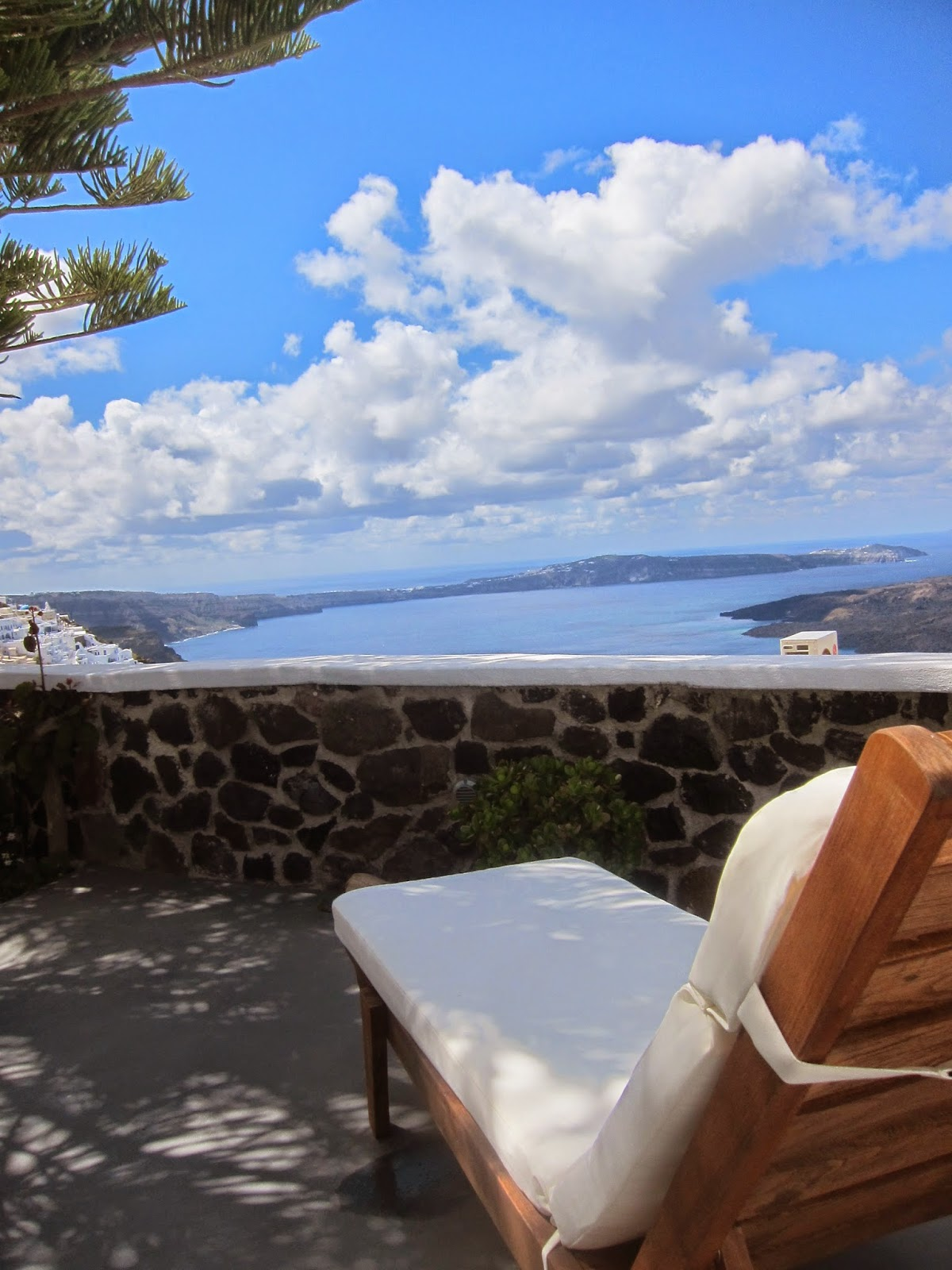 review morfes luxury residence santorini