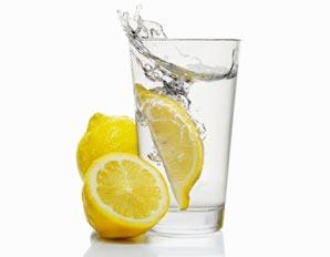 ventre plat comment utiliser l 39 eau citronn e pour perdre du poids. Black Bedroom Furniture Sets. Home Design Ideas