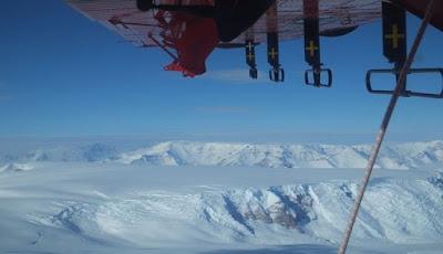 Ngarai Yang Sangat Besar Ditemukan Di Bawah Es Antartika