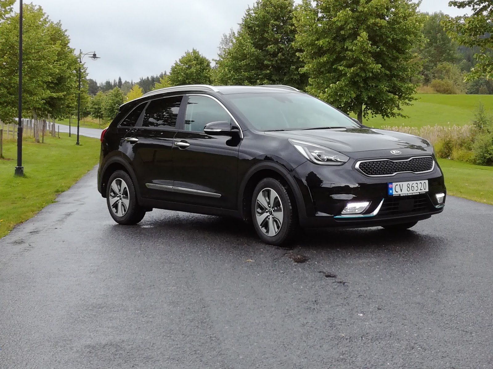 pr vekj ring kia niro plug in hybrid bil og motorbloggen. Black Bedroom Furniture Sets. Home Design Ideas