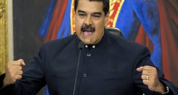 """Nicolás Maduro ordena a la Fuerza Armada activar plan """"ante guerra al sistema eléctrica"""""""
