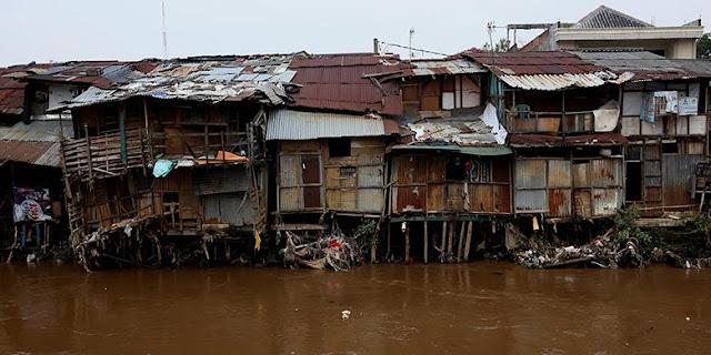 Warga Bukit Duri Diberi Waktu Sepekan untuk Bongkar Rumahnya Sendiri