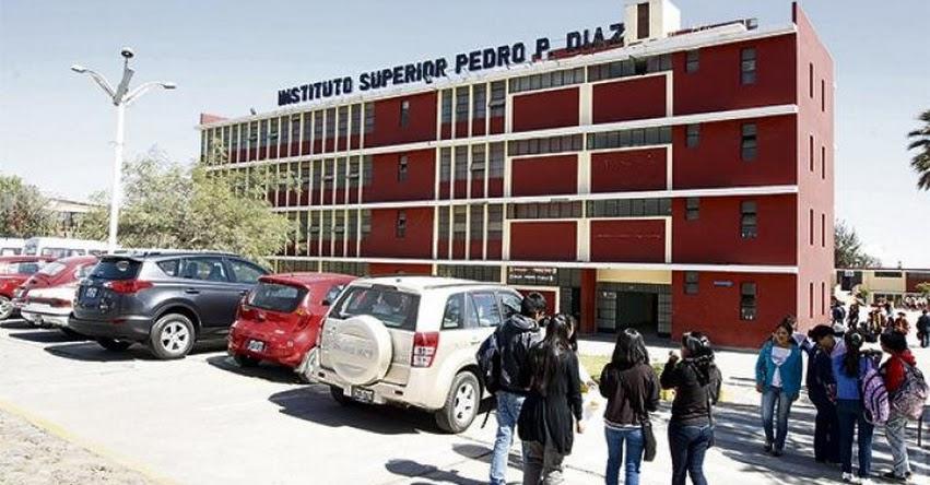 GRE Arequipa contratará a docentes de institutos con dos normas legales