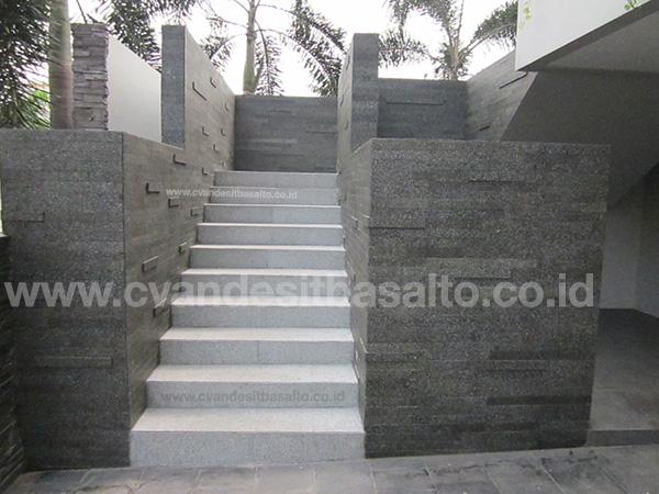 batu alam untuk lantai tangga