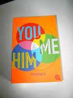https://bienesbuecher.blogspot.de/2016/07/rezension-you-and-me-and-him.html