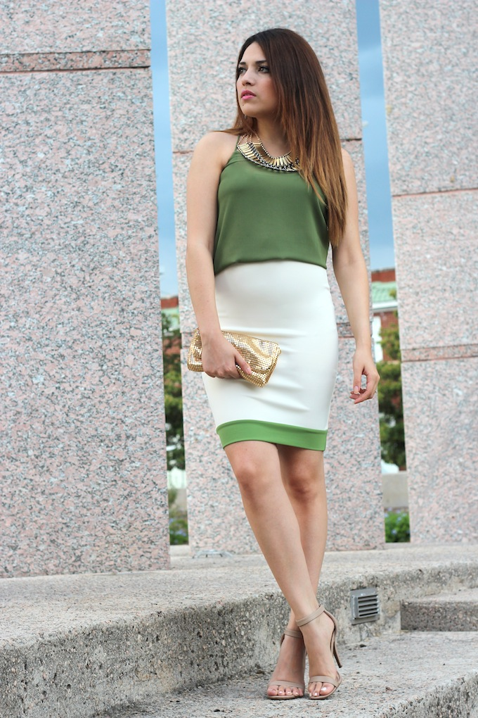 a8cd4ff2bf311 ... green colors of the blouse and skirt