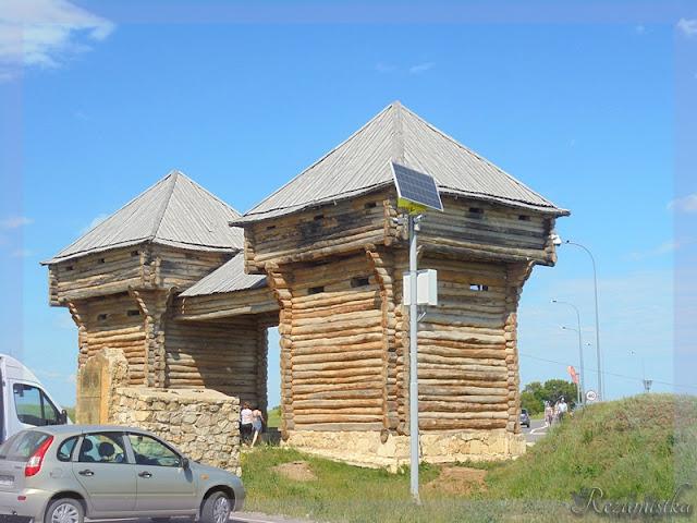один из входов в исторический Болгар