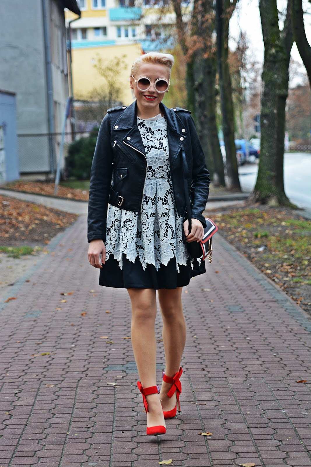 shein_lace_dress_red_heels_karyn_koronkowa_sukienka_5