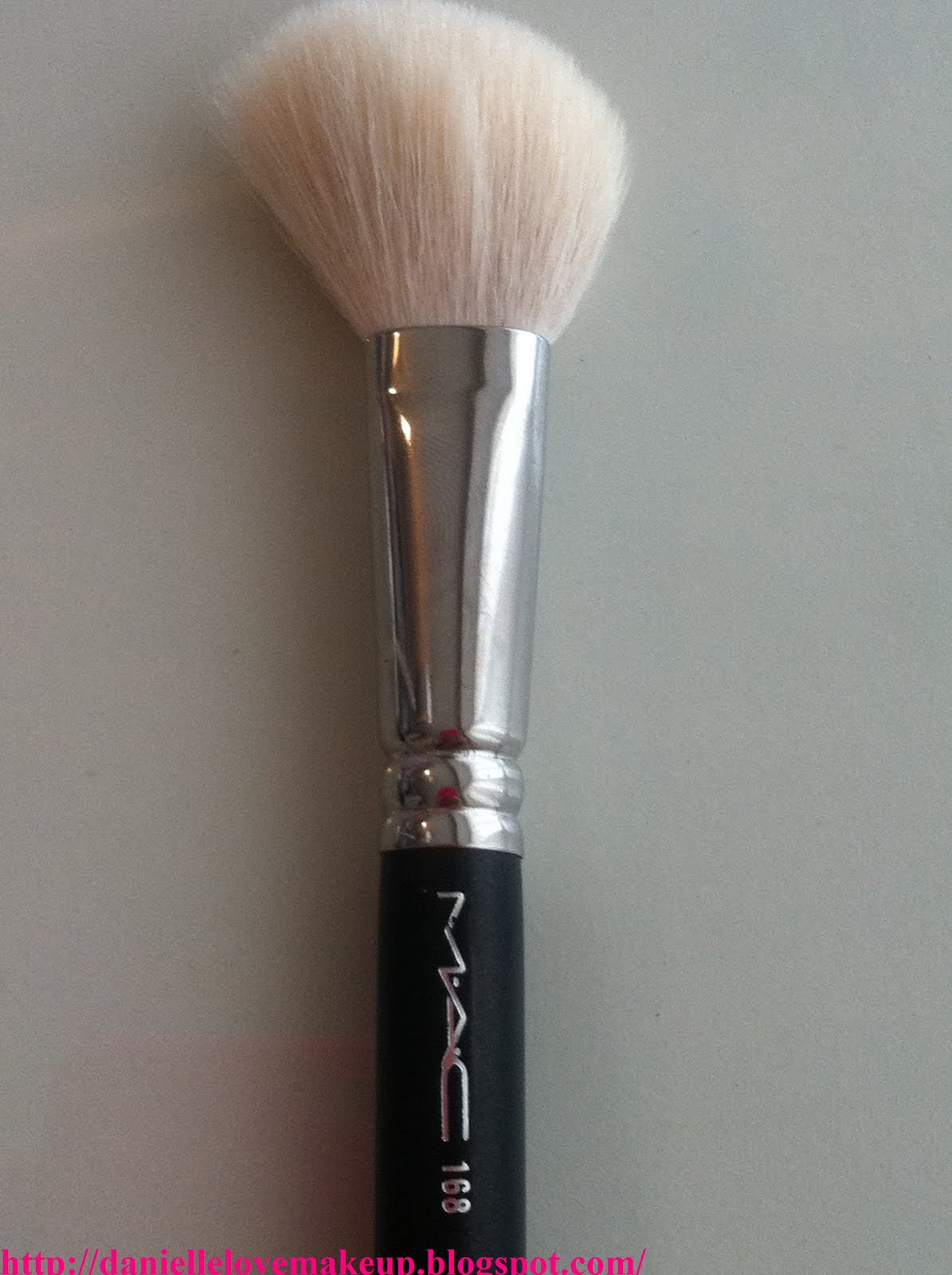 Mac 168 Large Angled Contour Brush: DanielleLoveMakeup: My Top 5 MAC Face Brushes For Beginners
