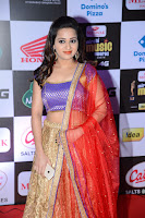 Reshma Rathod Sizzling at Mirchi Music Awards HeyAndhra